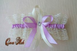 Подвязка невесты Сиреневая нежность - подарок ручной работы на свадьбу Россия.
