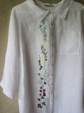Вышивка на готовой одежде Полевые цветы в Stranamasterov.by Беларусь.
