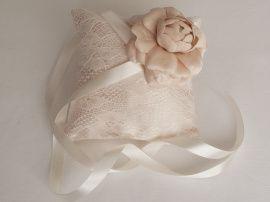 Подушечка для колец Newrose - подарок ручной работы на свадьбу Беларусь.