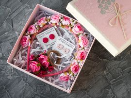 Подарочный набор-коробка Ободок, резиночки, серьги в Stranamasterov.by Беларусь.