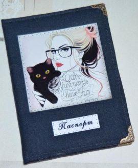 Обложка на паспорт Девушка с котом в Stranamasterov.by Россия.