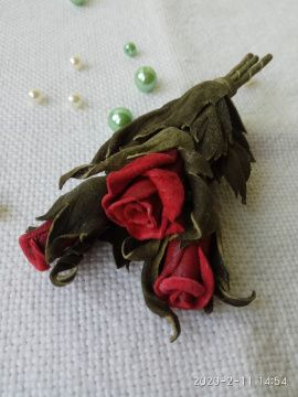 Брошь, цветы из кожи Букет роз в Stranamasterov.by Беларусь.