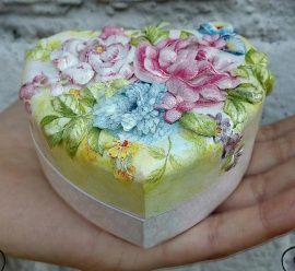 Коробочка для колец Цветы - подарок ручной работы на свадьбу Беларусь.