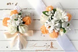 Бутоньрка для свидетелей Беж - подарок ручной работы на свадьбу Беларусь.