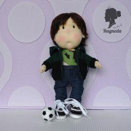 Кукла Мальчик с мячом в Stranamasterov.by Беларусь.