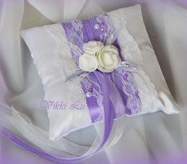 Подушечка для колец Сиреневая нежность - подарок ручной работы на свадьбу Беларусь.