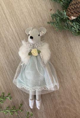 Новогоднее игрушка «Маленькая принцесса» в Stranamasterov.by Беларусь.