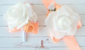Бутоньерка для свидетелей Сочный персик - подарок ручной работы на свадьбу Беларусь.
