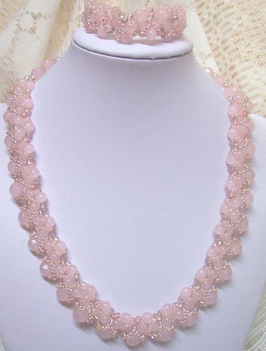 Колье Классическое (розовый кварц) в Stranamasterov.by