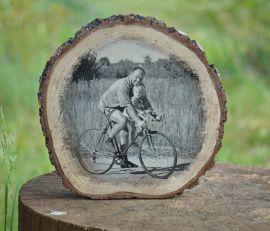 Фото на дереве Черно-белое фото на спиле в Stranamasterov.by Беларусь.