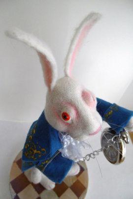 Валяная игрушка Белый Кролик в Stranamasterov.by Беларусь.