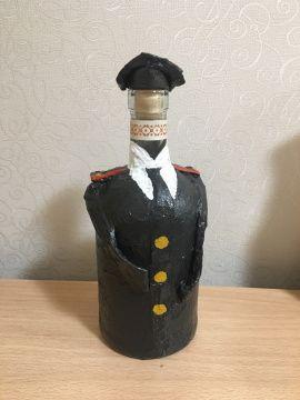 Оформление бутылки Папье-маше Военный в Stranamasterov.by Беларусь.