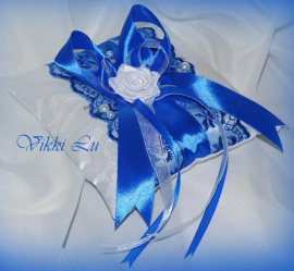 Подушечка для колец Синий атлас - подарок ручной работы на свадьбу Беларусь.