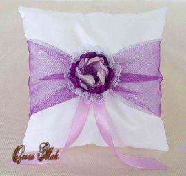 Подушечка для колец Воздушная сирень - подарок ручной работы на свадьбу Беларусь.