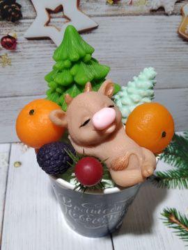Новогодняя композиция Счастливого Нового года в Stranamasterov.by Беларусь.