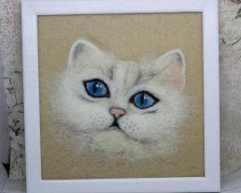 Картина из шерсти Белого кота портрет в Stranamasterov.by Беларусь.
