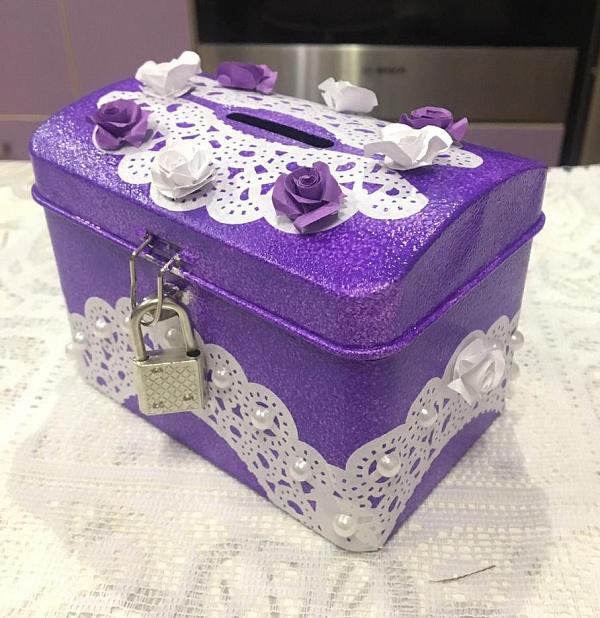 Казна Фиолетовая ручной работы. Подарок на свадьбу. Вот что нужно дарить!