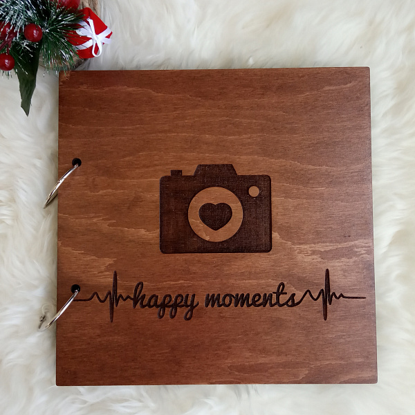 Деревянный фотоальбом Happy moments в Stranamasterov.by
