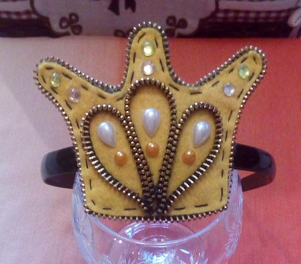 Обруч для девочки Золотая корона в Stranamasterov.by