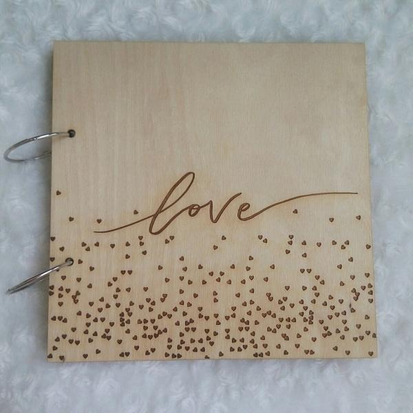Деревянный фотоальбом Love в Stranamasterov.by