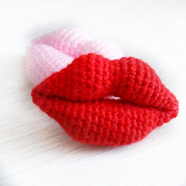 Брошь Поцелуй в Stranamasterov.by