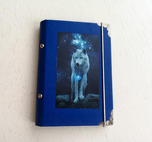 Обложка для паспорта Волк в Stranamasterov.by