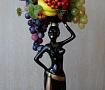 Интерьерная композиция Эфиопка с фруктами в Stranamasterov.by