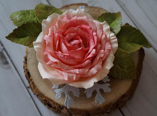 Брошь Чайная роза в Stranamasterov.by
