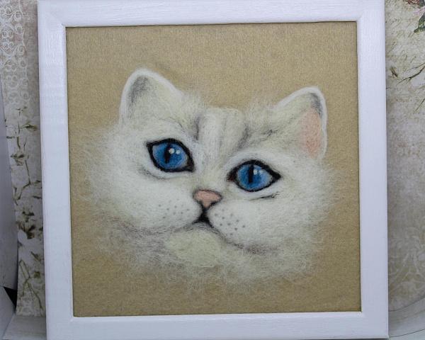 Картина из шерсти Белого кота портрет в Stranamasterov.by