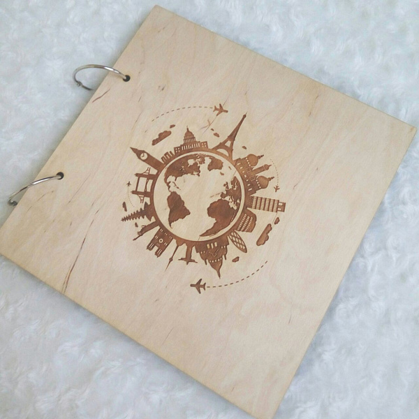 Деревянный фотоальбом Around the world в Stranamasterov.by